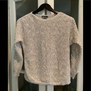 Vince long sleeve sweater. Size small